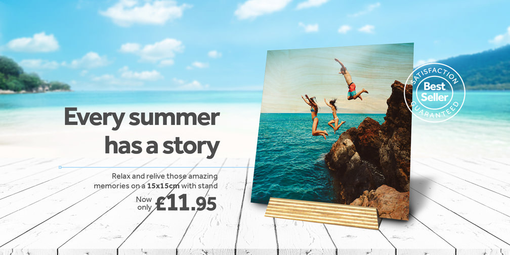Every summer has a story, 15 x 15cm wood Print in stand